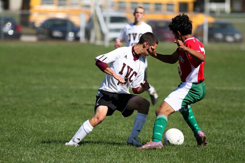 20101002_ivc_vs_lasalle_peru_varsity_soccer_107