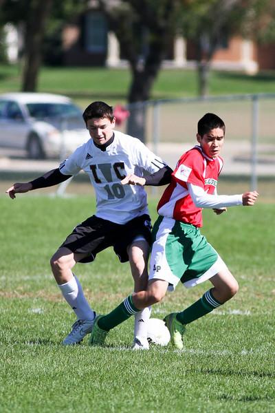 20101002_ivc_vs_lasalle_peru_varsity_soccer_057