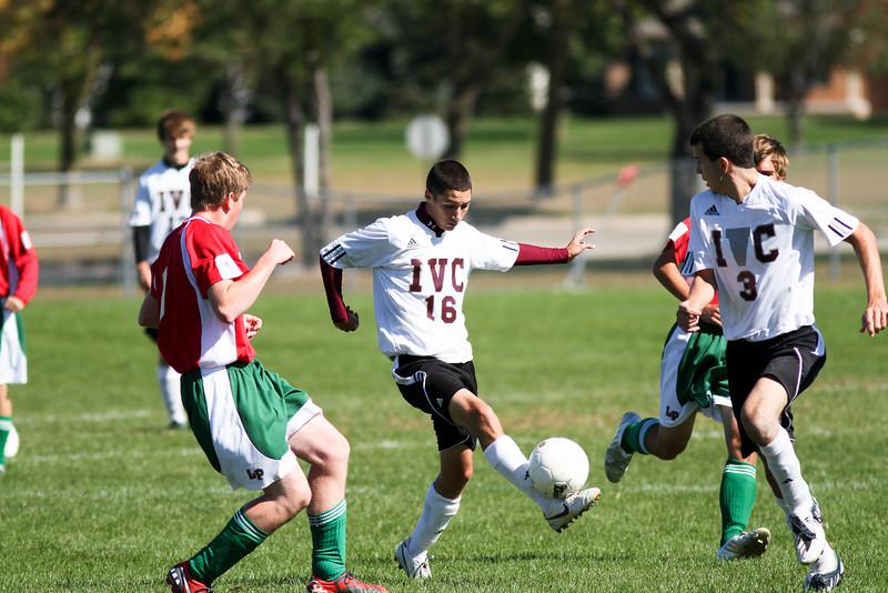 20101002_ivc_vs_lasalle_peru_varsity_soccer_053