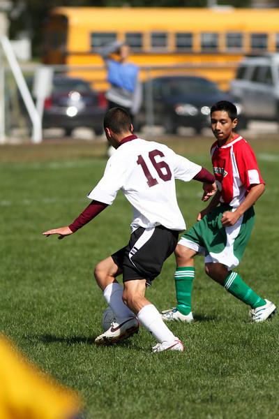 20101002_ivc_vs_lasalle_peru_varsity_soccer_223