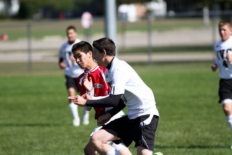 20101002_ivc_vs_lasalle_peru_varsity_soccer_185