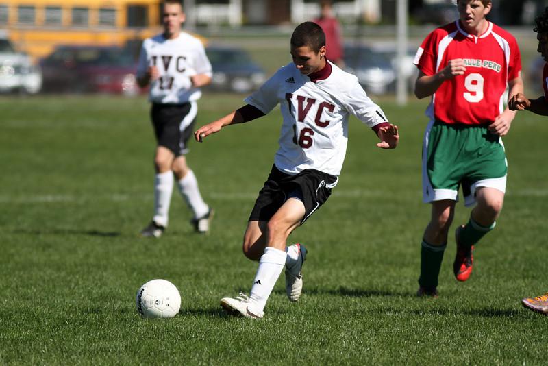 20101002_ivc_vs_lasalle_peru_varsity_soccer_105