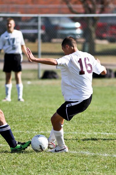 20101016_ivc_vs_monmouth_roseville_varsity_soccer_064