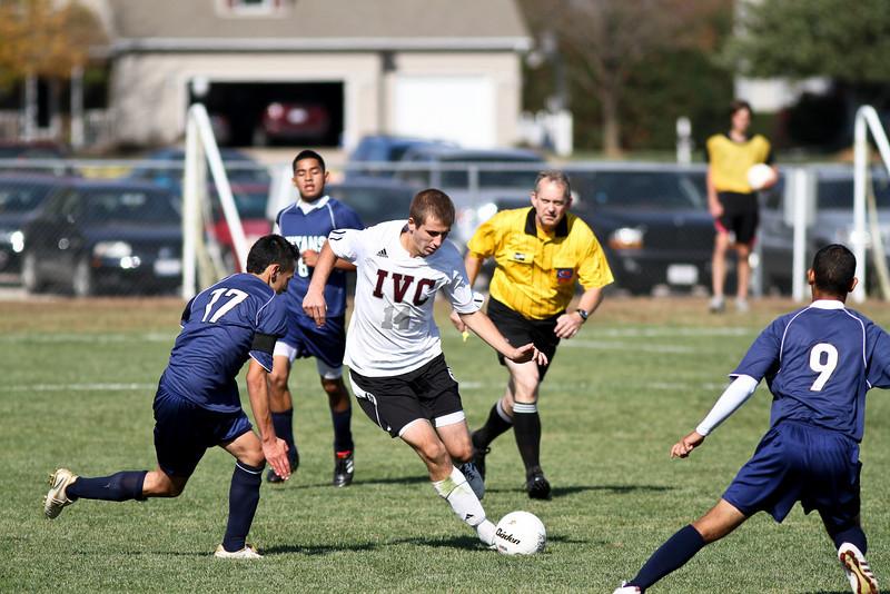 20101016_ivc_vs_monmouth_roseville_varsity_soccer_128