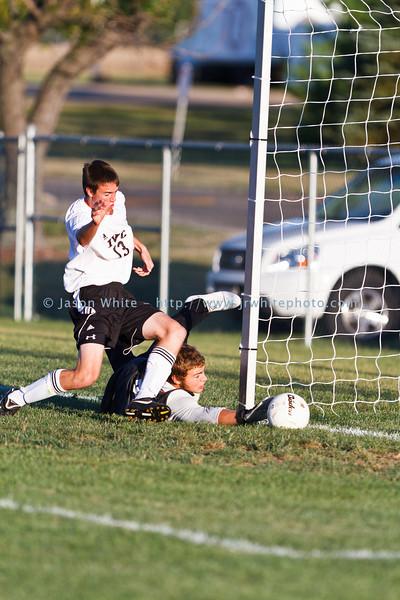 20110906_ivc_vs_ottawa_varsity_soccer_046