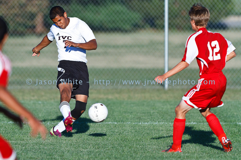 20110906_ivc_vs_ottawa_varsity_soccer_023