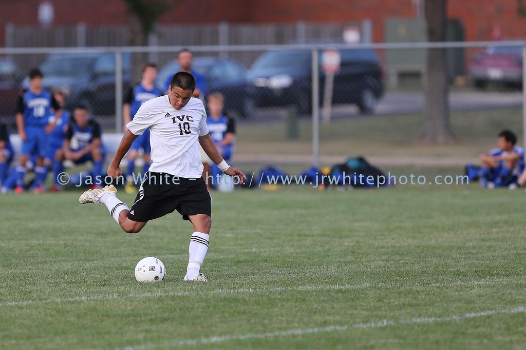 20120822_ivc_vs_limestone_soccer_040