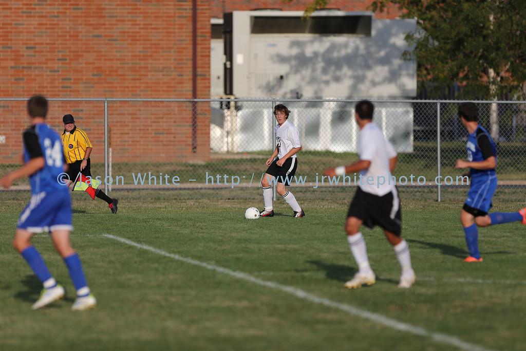 20120822_ivc_vs_limestone_soccer_022