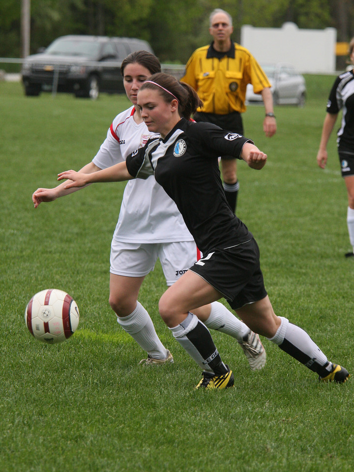 IMG4_18170 Kristin COE Soccer trmzb