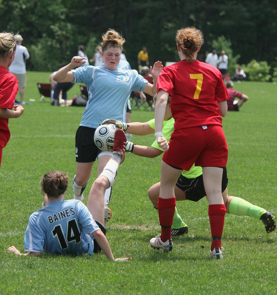 IMG4_18294 Kelsey, Liz COE Soccer trmzb