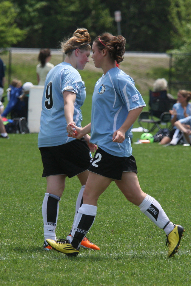 IMG4_18280 Kristin goal seq COE Soccer trmzb