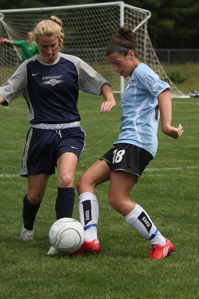 IMG4_18521 Lydia COE Soccer