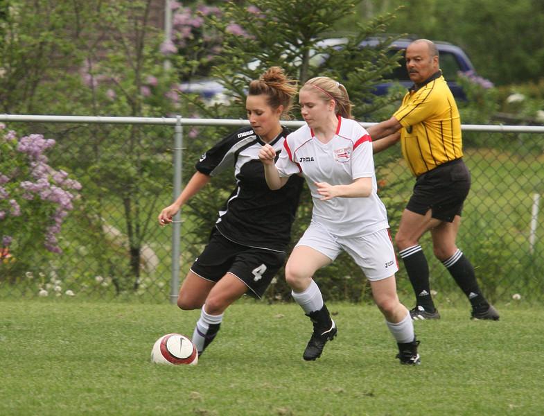 IMG4_18130 COE Soccer trmzb Jackie