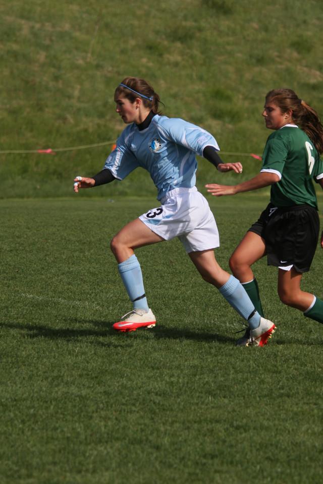 IMG4_11391 Emily L COE Soccer