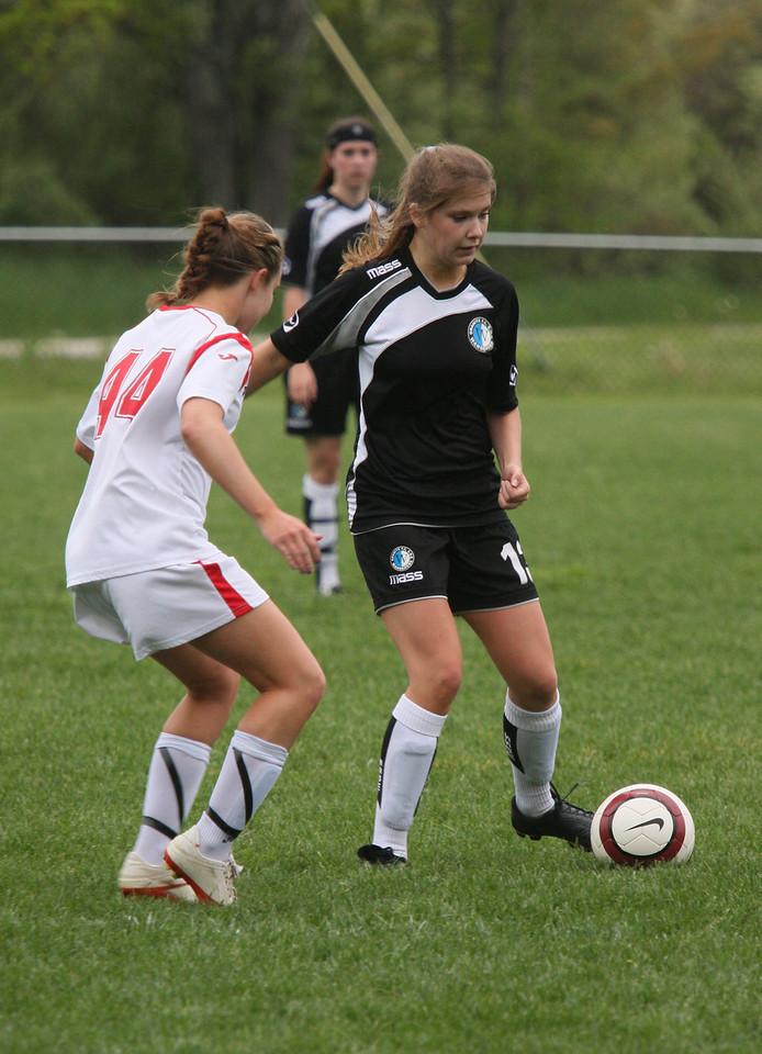 IMG4_18172 Emily F COE Soccer trmzb