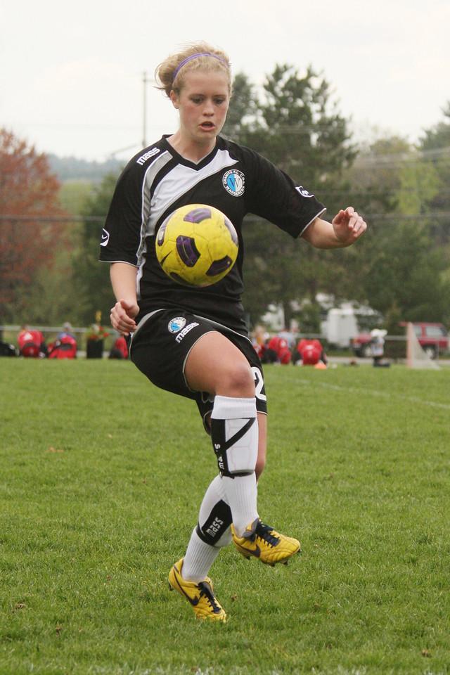 IMG4_17710 COE soccer trmzb