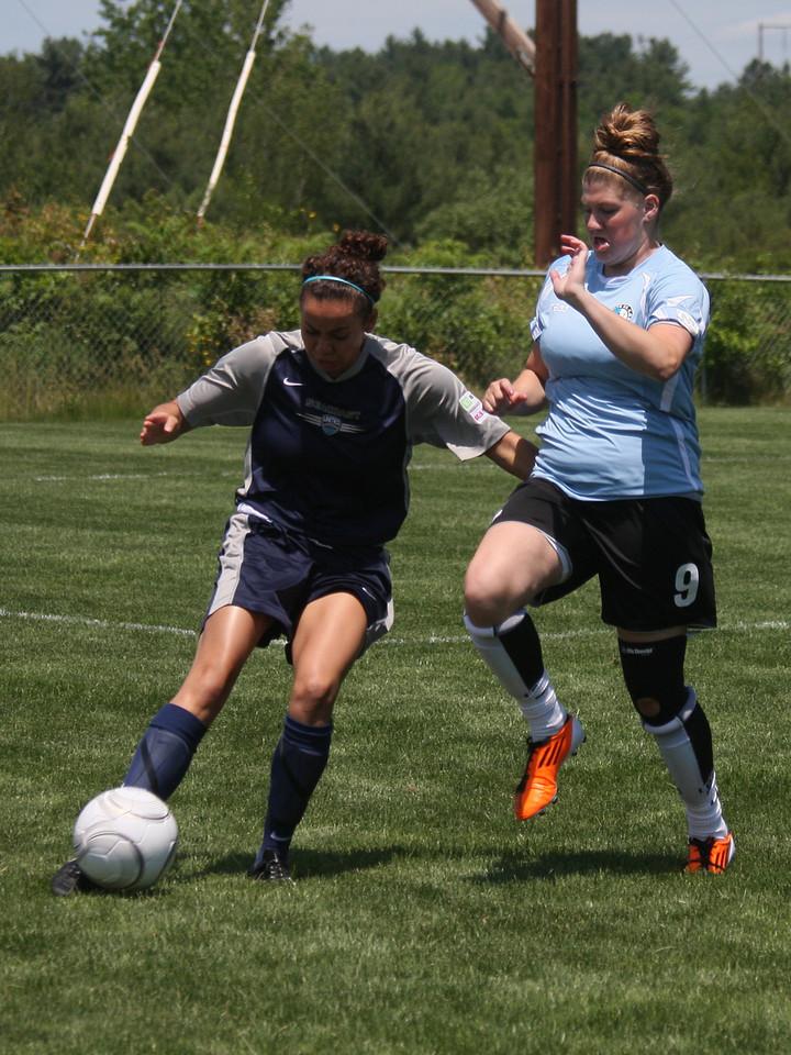 IMG4_18509 Liz COE Soccer trmzb