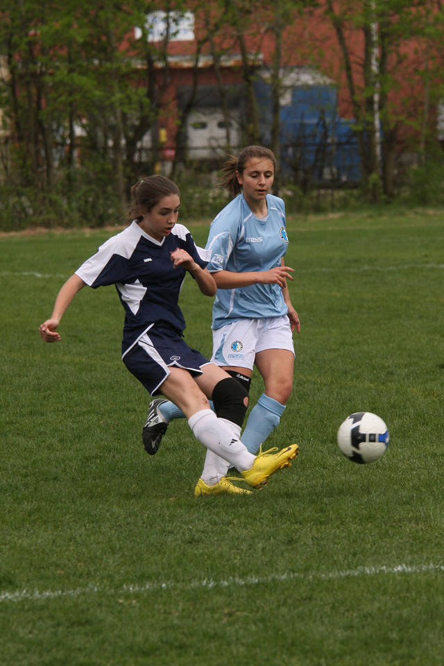 IMG4_10448 Suzie COE Soccer