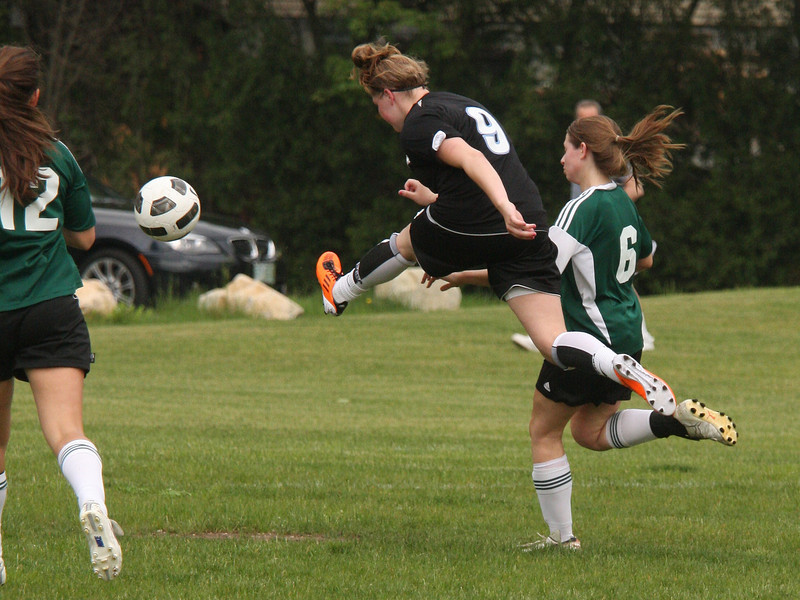 IMG4_18217 Liz COE Soccer trmzb