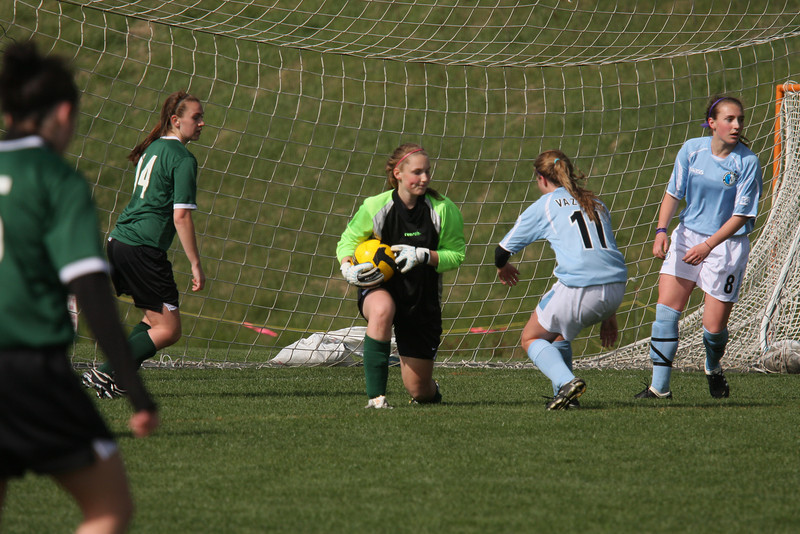 IMG4_11392 Lindsey V COE Soccer