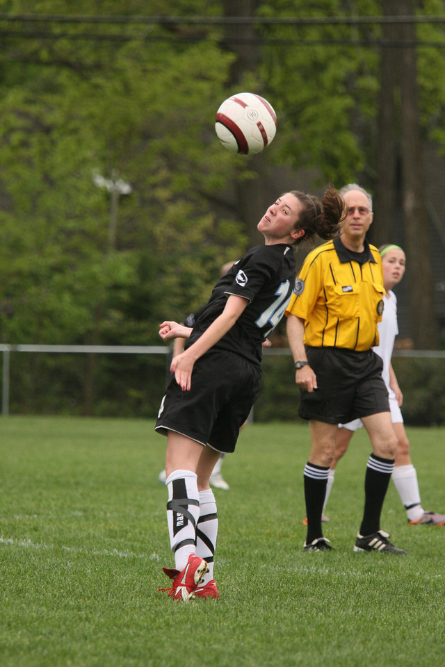 IMG4_18112 COE soccer kelsey