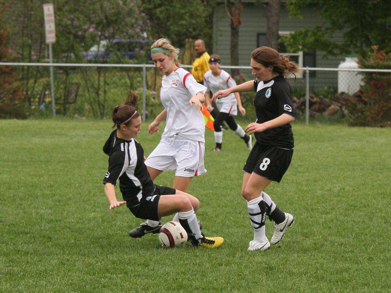 IMG4_18125 Kristin, Rachel COE Soccer trmzb