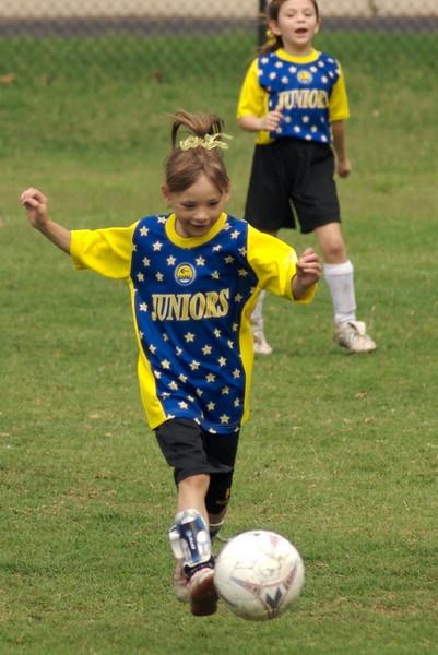 07_girls_soccer_21