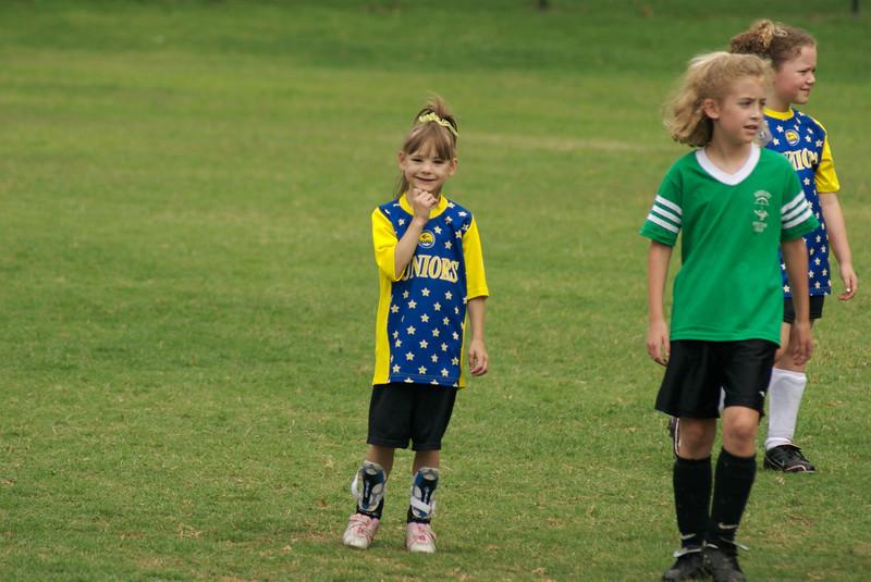 07_girls_soccer_49