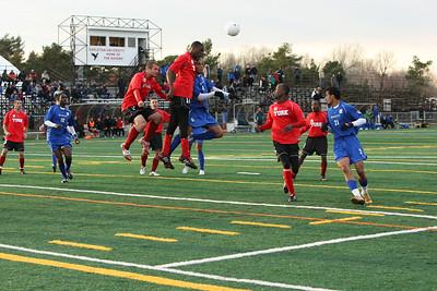 6J0E2505 copy York defending a corner kick