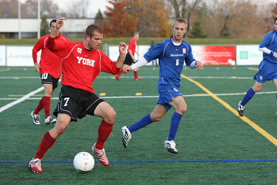 6J0E2313 copy Philip Rivers (York) and Nicolas Suter (Mtl)