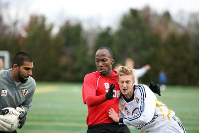6J0E2951 copy Daniel Lowen keeping one eye on the ball
