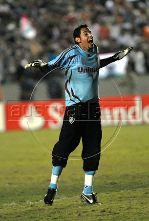 Fernando Henrique, goalkeeper of Fluminense, celebrates the victory against Boca Junior of Argentina at the end of the Copa Libertadores second leg semi-final soccer match in Maracana stadium, Rio de Janeiro, Brazil, June 4, 2008. Fluminense defeated Boca Juniors, of Argentina, 3-1 and advanced to their first ever Libertadores Cup final.   (Austral Foto/Renzo Gostoli)