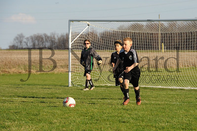 4-10-15 U-10 Bluffton Dynamo vs AC Elite (Elida)-179