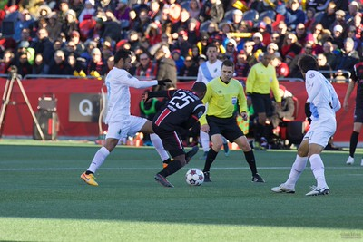 Ottawa 2 - Minnesota  - 1 http://bit.ly/2015-11-08Fury2United1