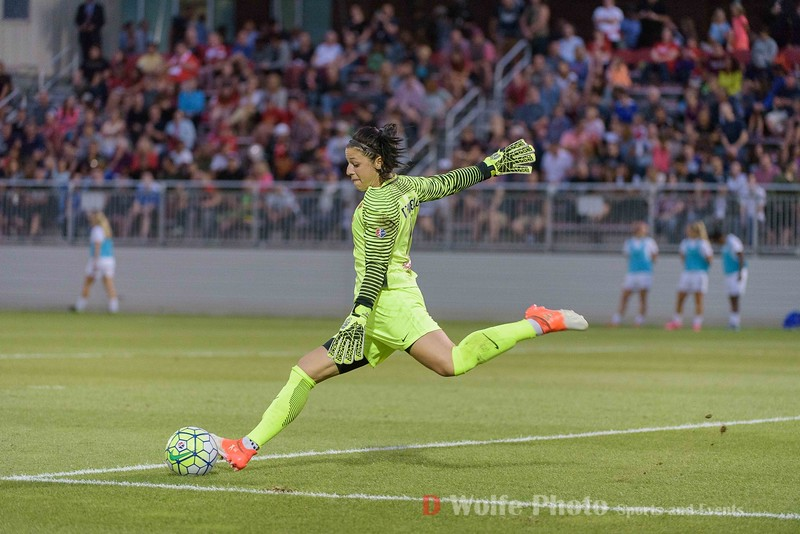 Western New York Flash keeper Sabrina D'Angelo.