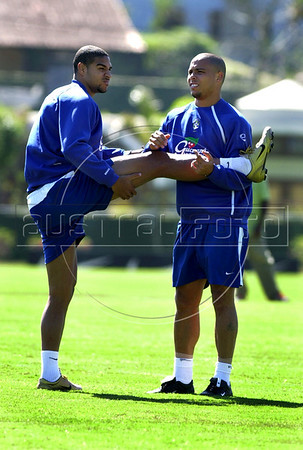 Brazilian soccer star Ronaldo, right, who plays in Real Madrid team trains with Adriano during in Teresopolis for the World Cup qualifier match against Bolivia, Rio de Janeiro, Brazil, September 02, 2004. (Austral Foto/Renzo Gostoli)