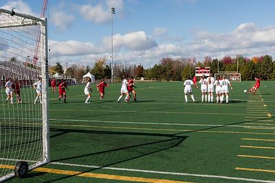 Sarah Royer scored on this kick