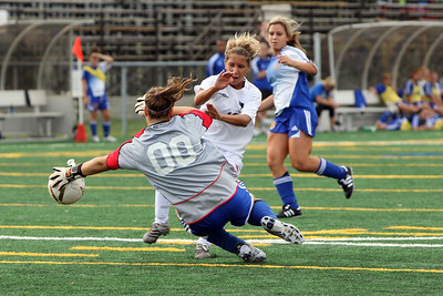 6J0E0596 Misha Maric makes great save on Alexandra Skupek
