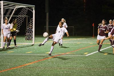 Aisha Stinson clearing ball Aisha Stinson clearing ball (MURR8087)
