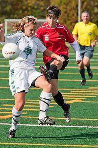 Shayla LaVecchia kicking (MURR5790)