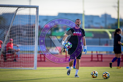 Blair Quinn warming up the goal keepers Women's Soccer University of Houston vs Southern Miss @ Carl Lewis Stadium September 8, 2017. Houston, TX USA