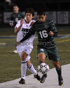 Hoyas BV v Collins Hill (3-4-11)_0019_edited-1