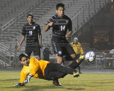 vs BV RiverRidge Soccer (2-28-12)-79a