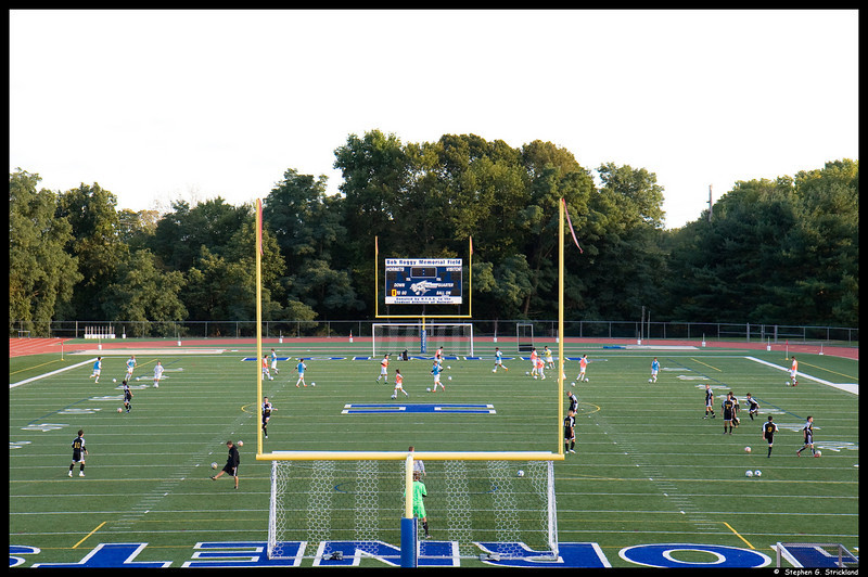 HHS-soccer-2008-Sept19-SJV-005