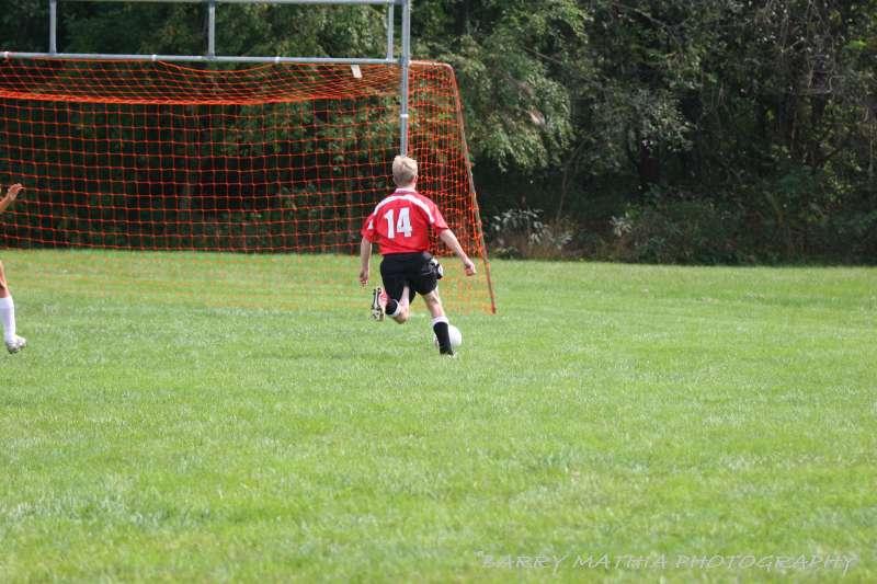 Warriors soccer lawson vs smithville 092405 041