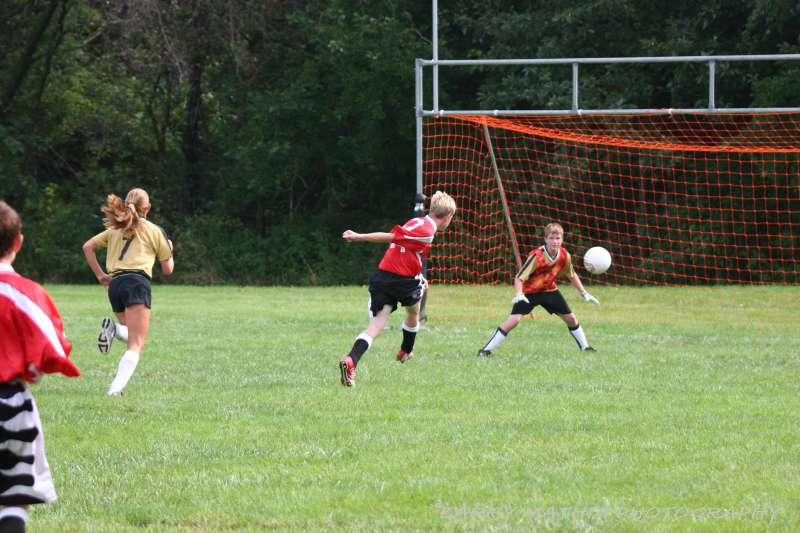 Warriors soccer lawson vs smithville 092405 052