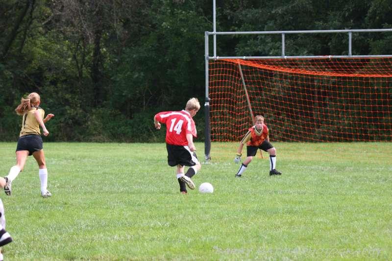 Warriors soccer lawson vs smithville 092405 051