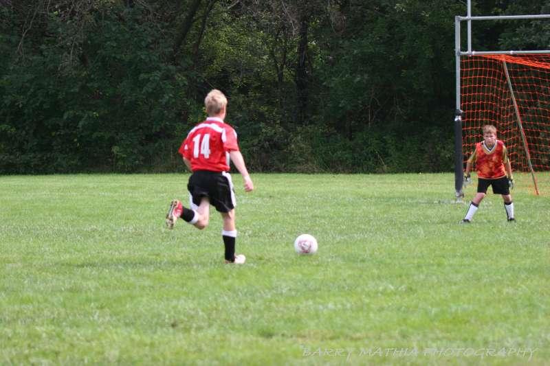 Warriors soccer lawson vs smithville 092405 048