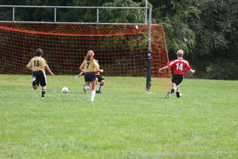 Warriors soccer lawson vs smithville 092405 045
