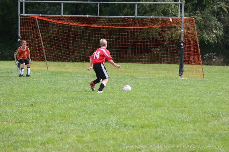Warriors soccer lawson vs smithville 092405 040